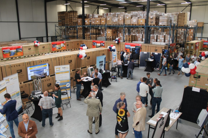 New warehouse serves as exhibition hall